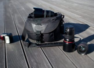 The Essential Travel Photography Kit 1