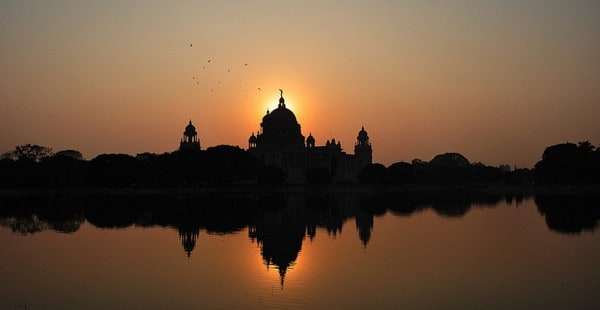 One evening at Victoria Memorial, Kolkata by Abhijit Kar Gupta