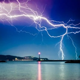 How to photography lightning