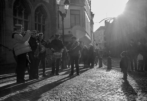 Street music by Vincent Anderlucci