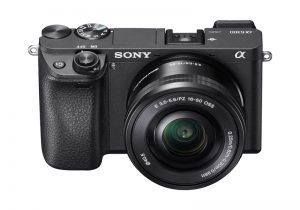Sony Alpha a6300 Review Grip