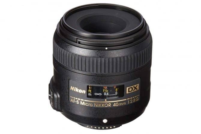 Nikon AF-S DX Micro-NIKKOR 40mm f/2.8 lens