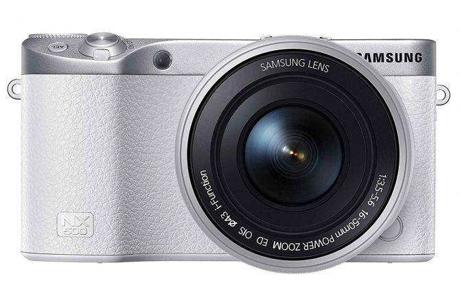 Samsung NX500 touchscreen compact camera