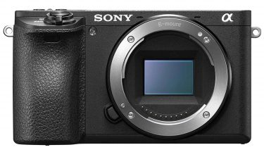 Sony A6500 touchscreen compact camera