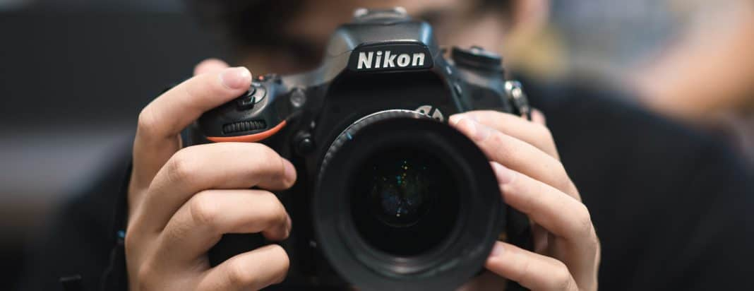 BEST Nikon DSLRs under $1,000