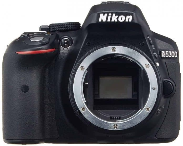 Best Nikon DSLR under $1,000 #3 Nikon D5300 24.2 MP CMOS