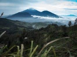 Hiking Photography Tips (from Mt Ijen, Indonesia)