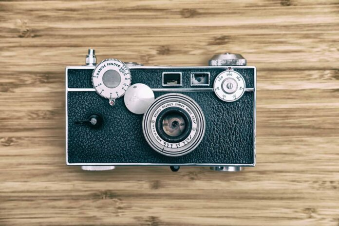 11 Best Film Cameras