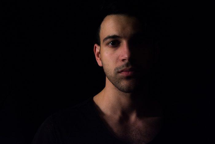 Headshot Photography Tips - lighting and shadow