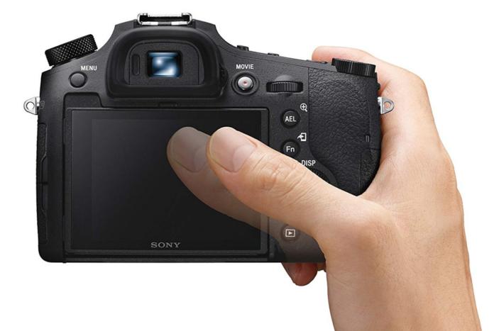 Sony RX10 III vs IV